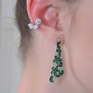18K WHITE GOLD WITH DIAMOND EAR CUFF