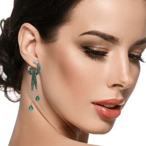 18K WHITE GOLD WITH DIA & EMERALD EARRING
